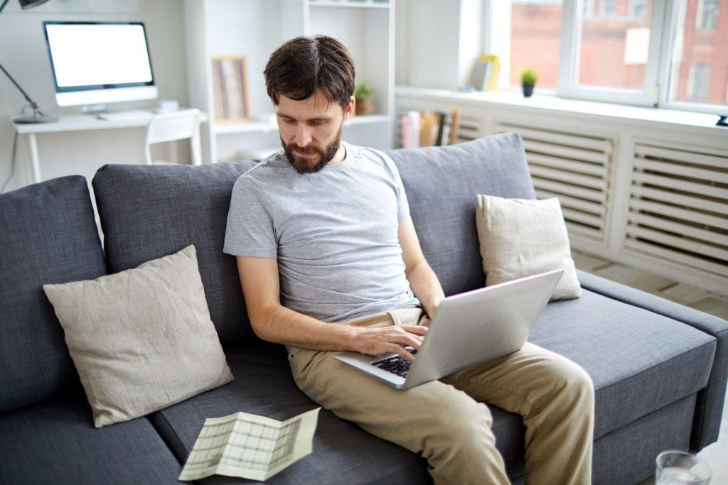milyen tanfolyamokat kell elvégezni, hogy otthon kereshessenek
