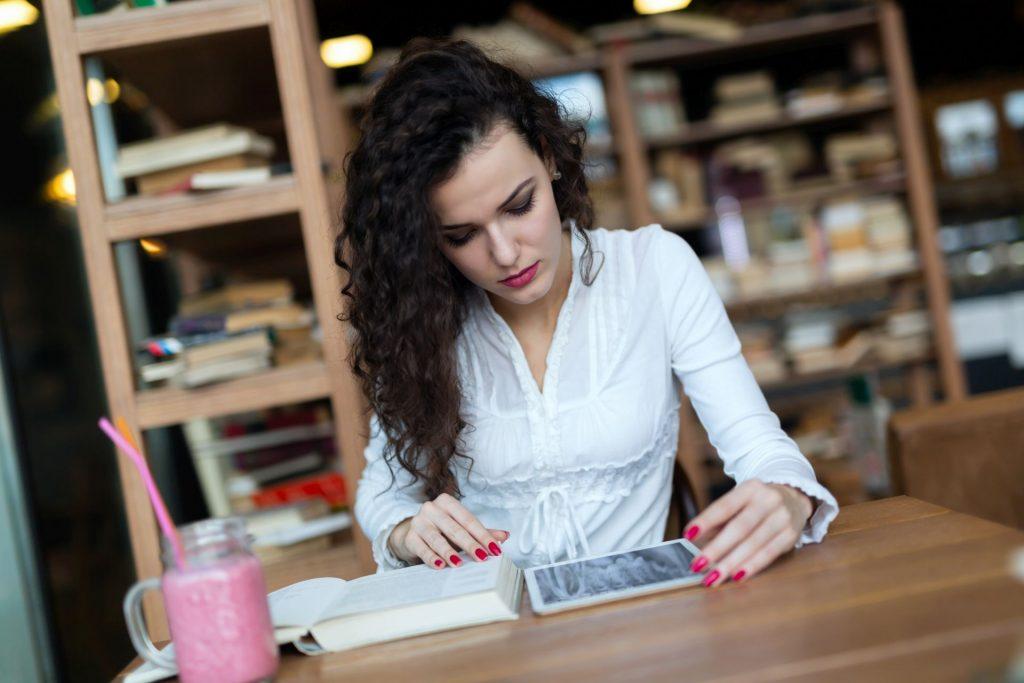 online oktatás rugalmasan, otthonról