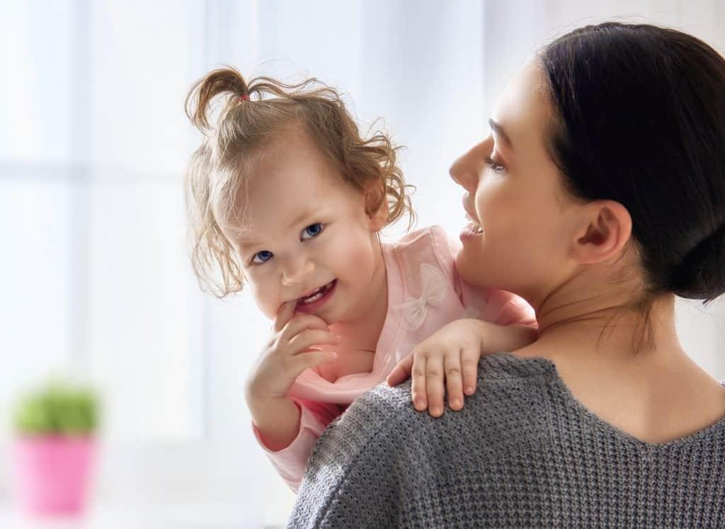 Kisgyermekgondozó képzés hasznos, ha gyerekekkel akarsz foglalkozni