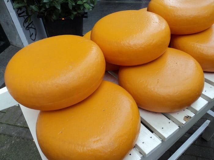 Ha szeretnéd elkészíteni Magyarország legfinomabb sajtját, akkor válaszd a Sajtkészítő tanfolyamot!