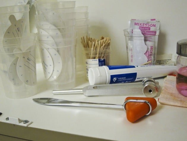 Ha szívesen dolgoznál egy fogászati klinikán, akkor válaszd a Budapesten induló Fogtechnikus gyakornok OKJ-s tanfolyamot!